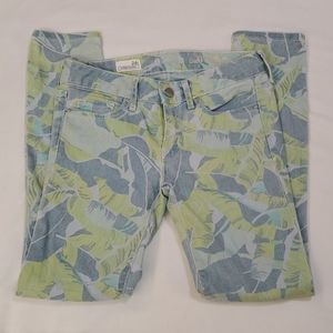 Trendy Gap brand jeans